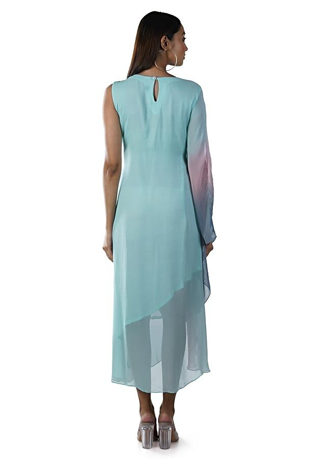 Green And Pink Shaded Kaftan With Embroidered Leaf Design Online - Kalki Fashion