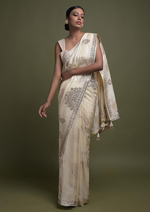Banana Yellow Saree In Silk Blend With Weaved Floral Motifs And Gotta Patch Embroidery Online - Kalki Fashion