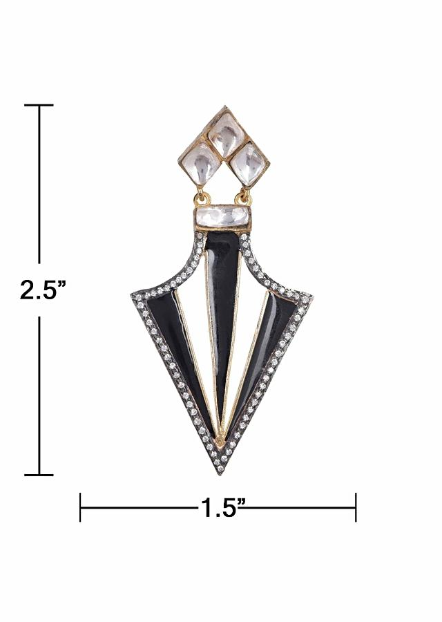 Black And White Party Wear Triangular Earrings With Stones And Kundan Work Online - Kalki Fashion
