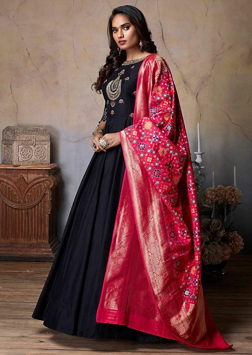 Image result for dupatta with black suit