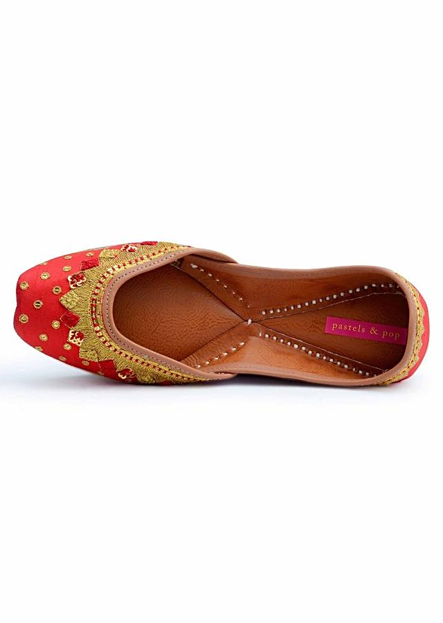 Bright Red Juttis Embroidered With Zardozi And Silk Knots On The Edge And Sequins Buttis By Pastels And Pop