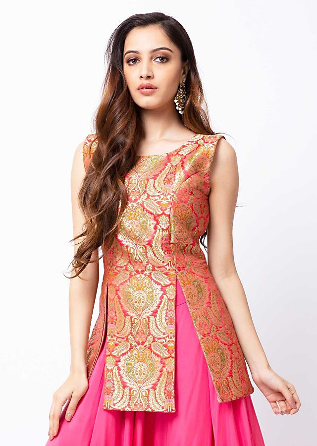 Bubblegum Pink Skirt And Kurta In Brocade Silk With Front Slit Online - Kalki Fashion