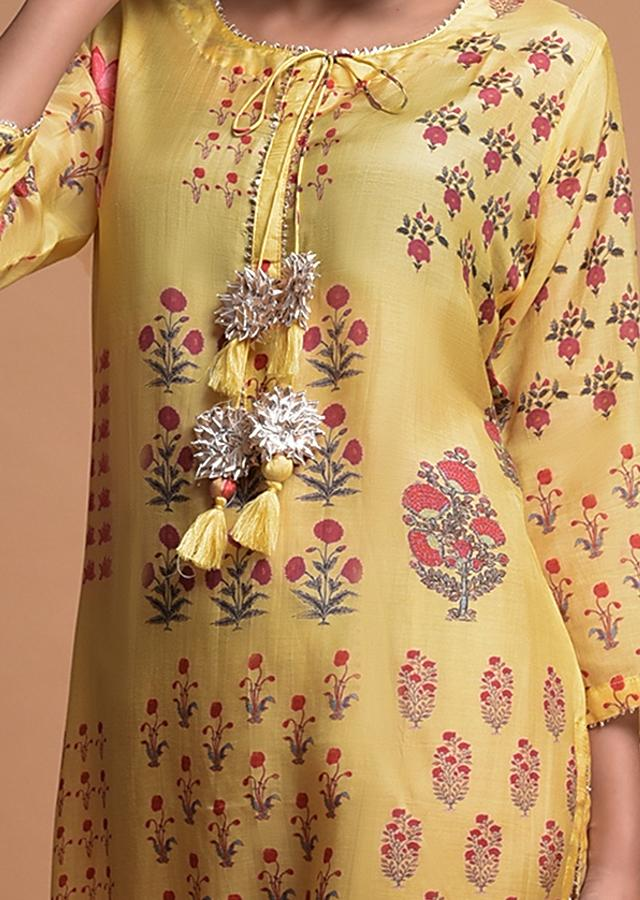 Butter Yellow Kurti In Cotton Blend With Printed Floral Motifs Online - Kalki Fashion