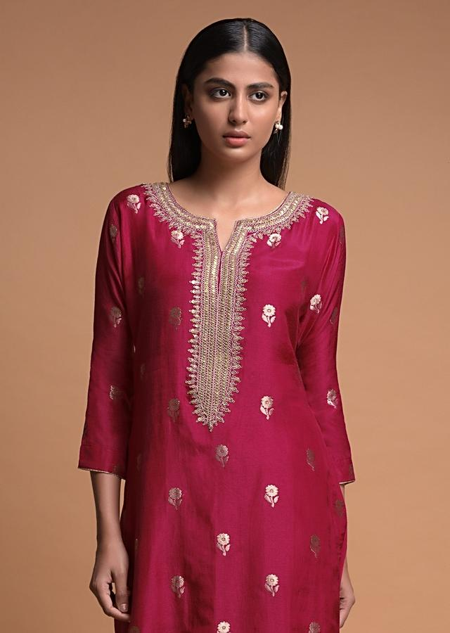 Chili Pepper Red Kurti In Cotton Blend With Weaved Floral Buttis Online - Kalki Fashion