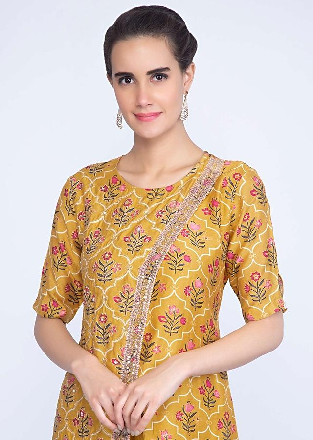 Chrome Yellow Aangrakha Style Printed Suit With Matching Straight Pant Online - Kalki Fashion
