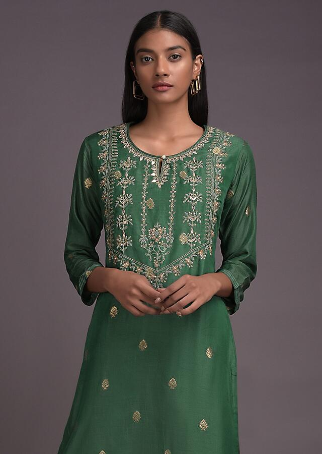 Clover Green Kurti In Cotton With Gotta Work And Weaved Buttis Online - Kalki Fashion
