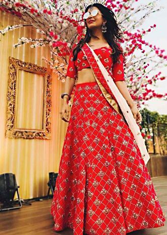 Rani pink lehenga in silk with a ready blouse flaunting the zari zardosi work only on Kalki
