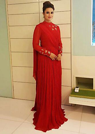 Divyanka Tripathi quirky charm floor length georgette red gown only on Kalki