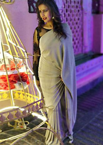 Shivani Tomar in Kalki grey shimmer saree with black embroidered blouse