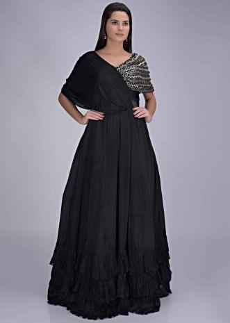 5badbe6ef Indo Western Gown: Buy Designer Indo Western Gowns for Women Online ...