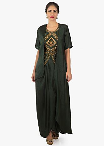 Crepe silk dark green dress enhanced with pleats and a jacket