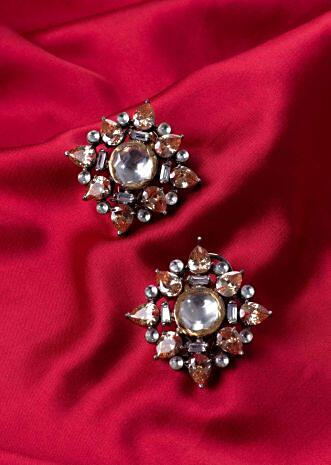 Floral shape cluster earring only on Kalki