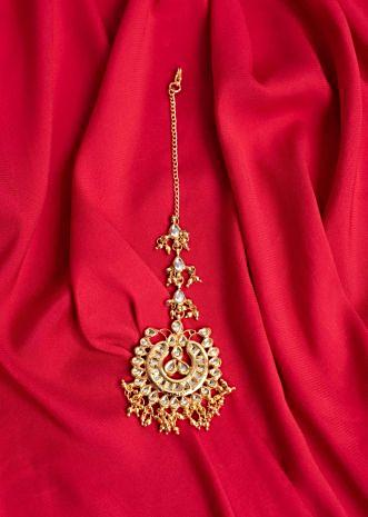 Gold plated maang tikka with kundan and golden nano moti only on Kalki
