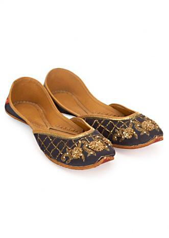 Indigo blue ethnic juttis intricated in floral and traditional jaal work