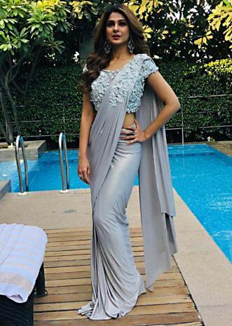 Jennifer Winget in Kalki grey draped  lycra saree