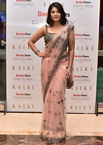 Pooja Gor in Kalki pink net saree  with scallop embroidered blouse