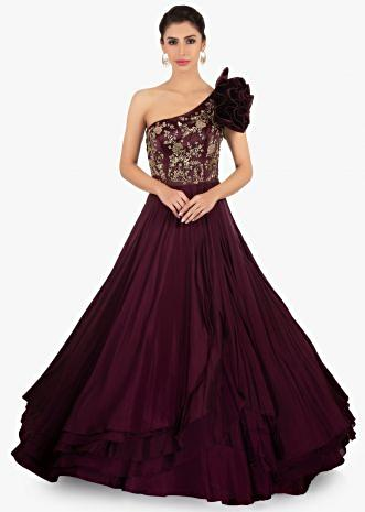 One shoulder multiple layer plum gown