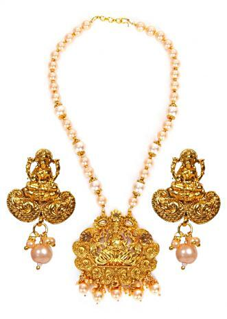 Peach pearl necklace with gold plated pendant in  goddess Lakshmi's motif and Kundan work. only on Kalki