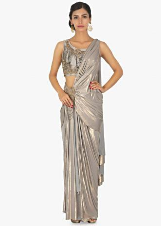 Shimmer Lycra saree skirt with pre stitched pallo in zari patch  with chain dangler