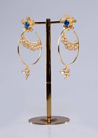 traditional earring with cluster and hoop