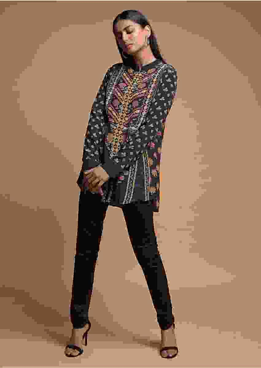 Ash Black Short Kurti In Crepe With Floral And Geometric Print Online - Kalki Fashion