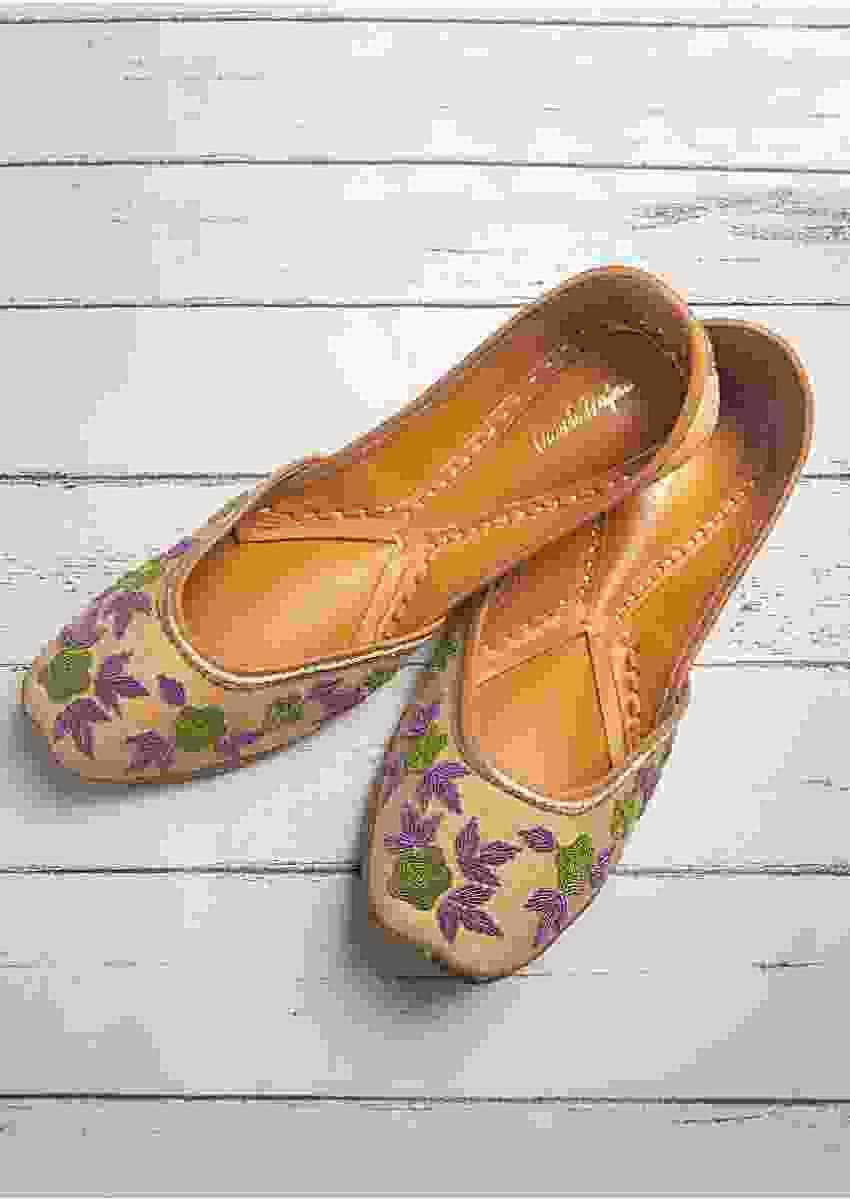 Beige Juttis In Linen With Floral Design And Zardozi Work By Vareli Bafna