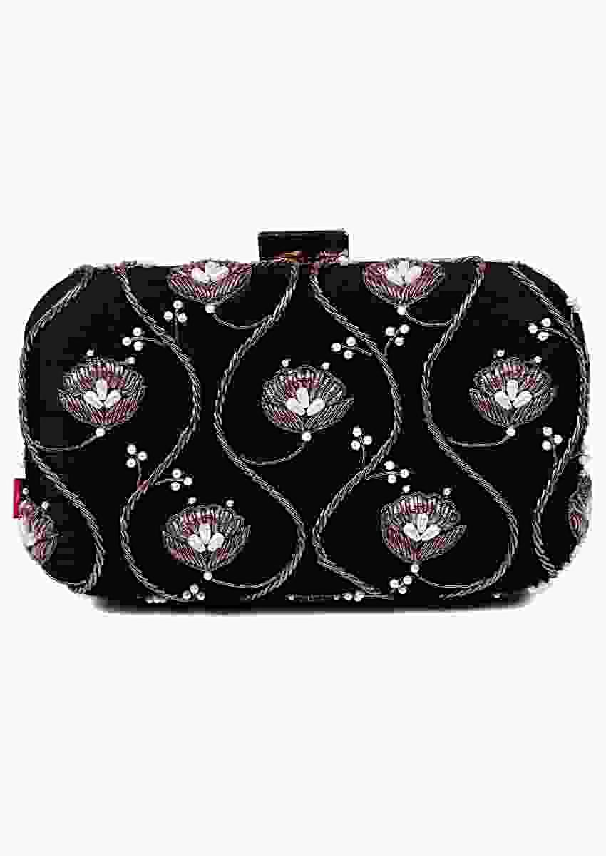 Black Clutch With Floral And Jaal Motif Work Online - Kalki Fashion