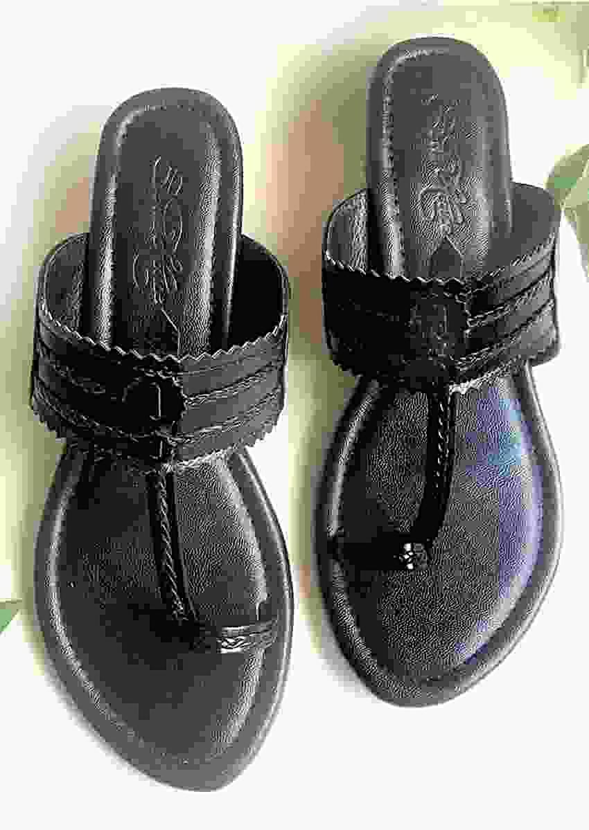 Black Kolhapuris With Block Heel And Braded Design By Sole House