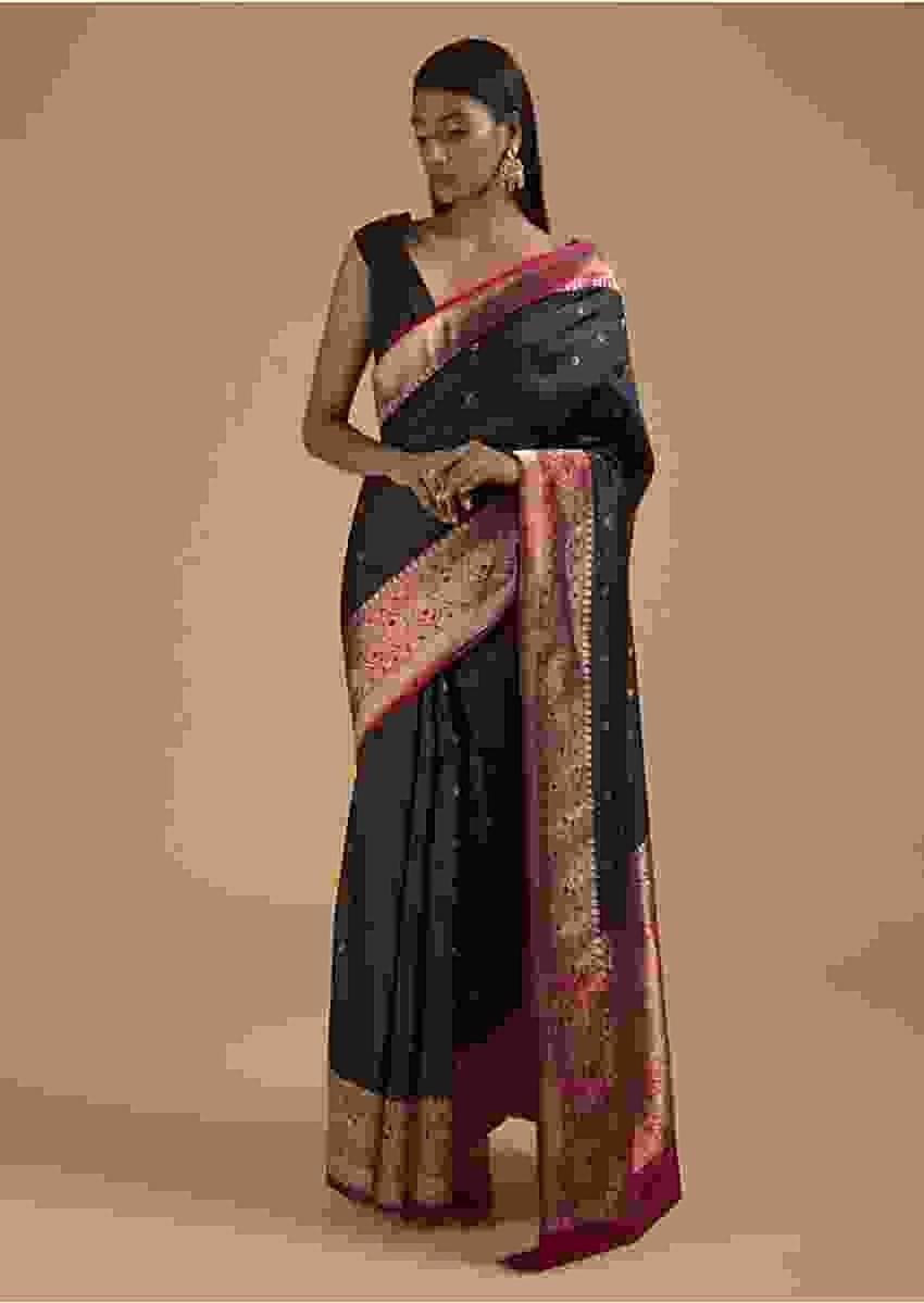 Black Pure Handloom Saree In Silk With Woven Flower Buttis And Magenta Border Online - Kalki Fashion