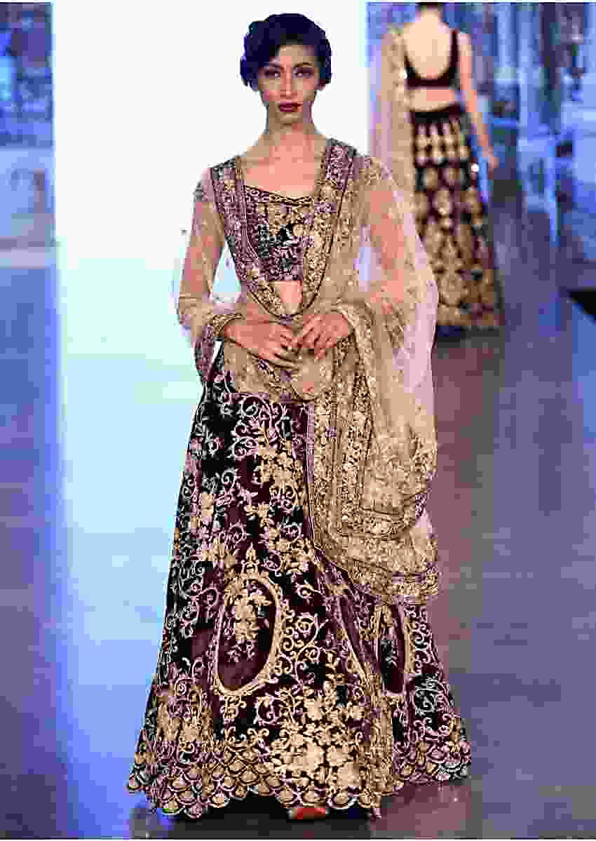 Burgundy Lehenga Choli In Velvet With Floral Motif All Over Online - Kalki Fashion