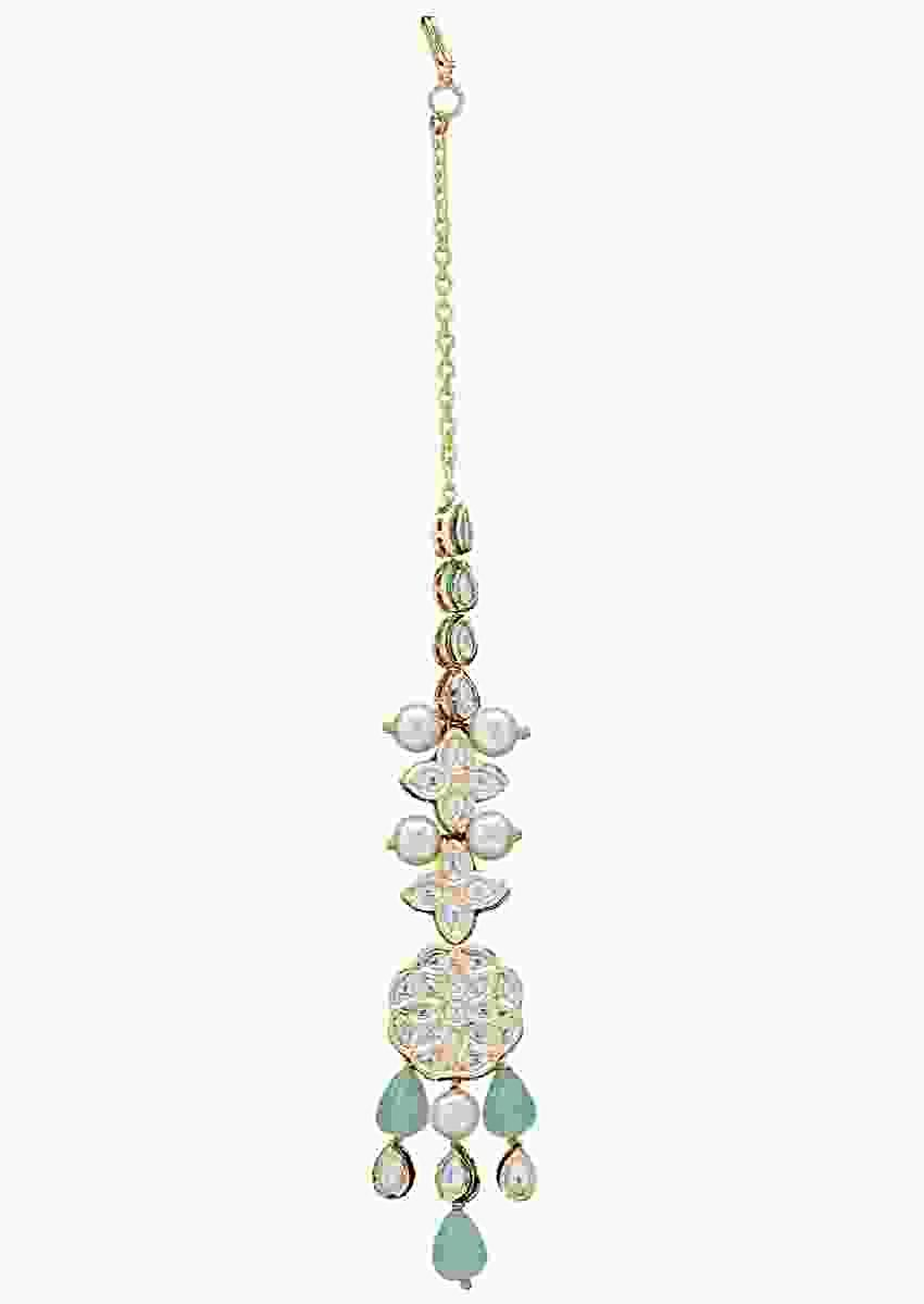 Classic Green Stone Maang Tikka In Floral Design With Kundan And Shell Pearls Online - Joules By Radhika