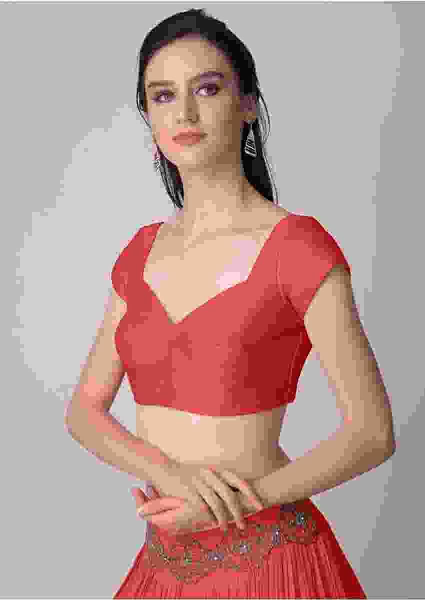 Coral Blouse In Raw Silk With Sweet Heart Neckline Online - Kalki Fashion