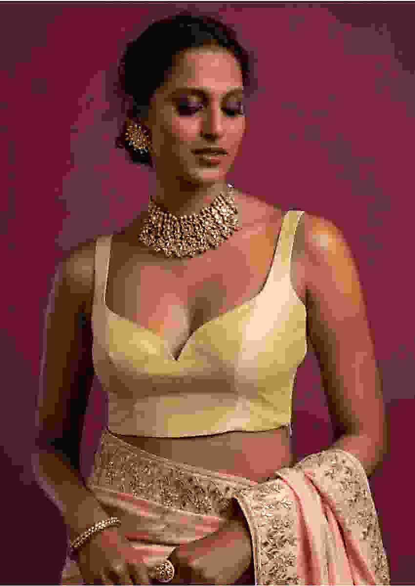Cream Sleeveless Blouse In Raw Silk With Plunging Sweetheart Neckline Online - Kalki Fashion