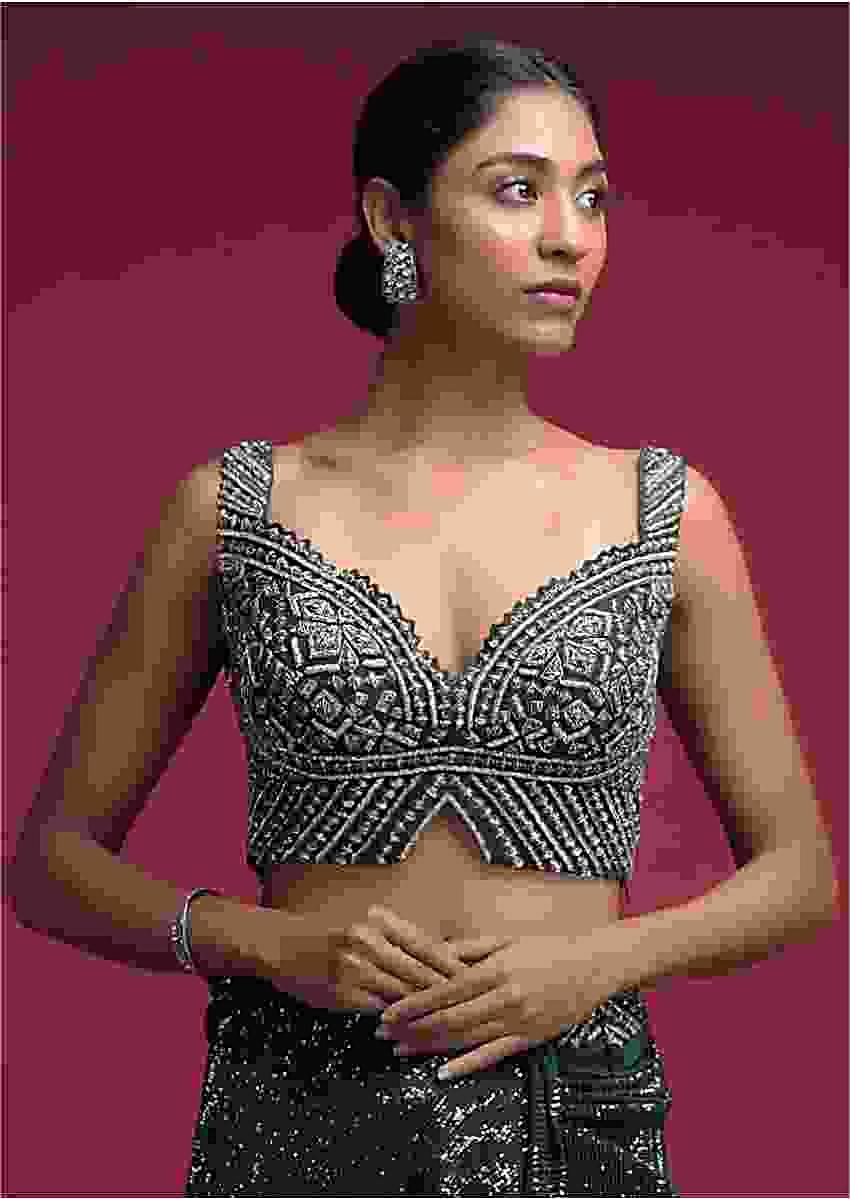 Emerald Green Crop Top In Net Heavily Embellished With Cut Dana Work In Geometric Pattern Online - Kalki Fashion