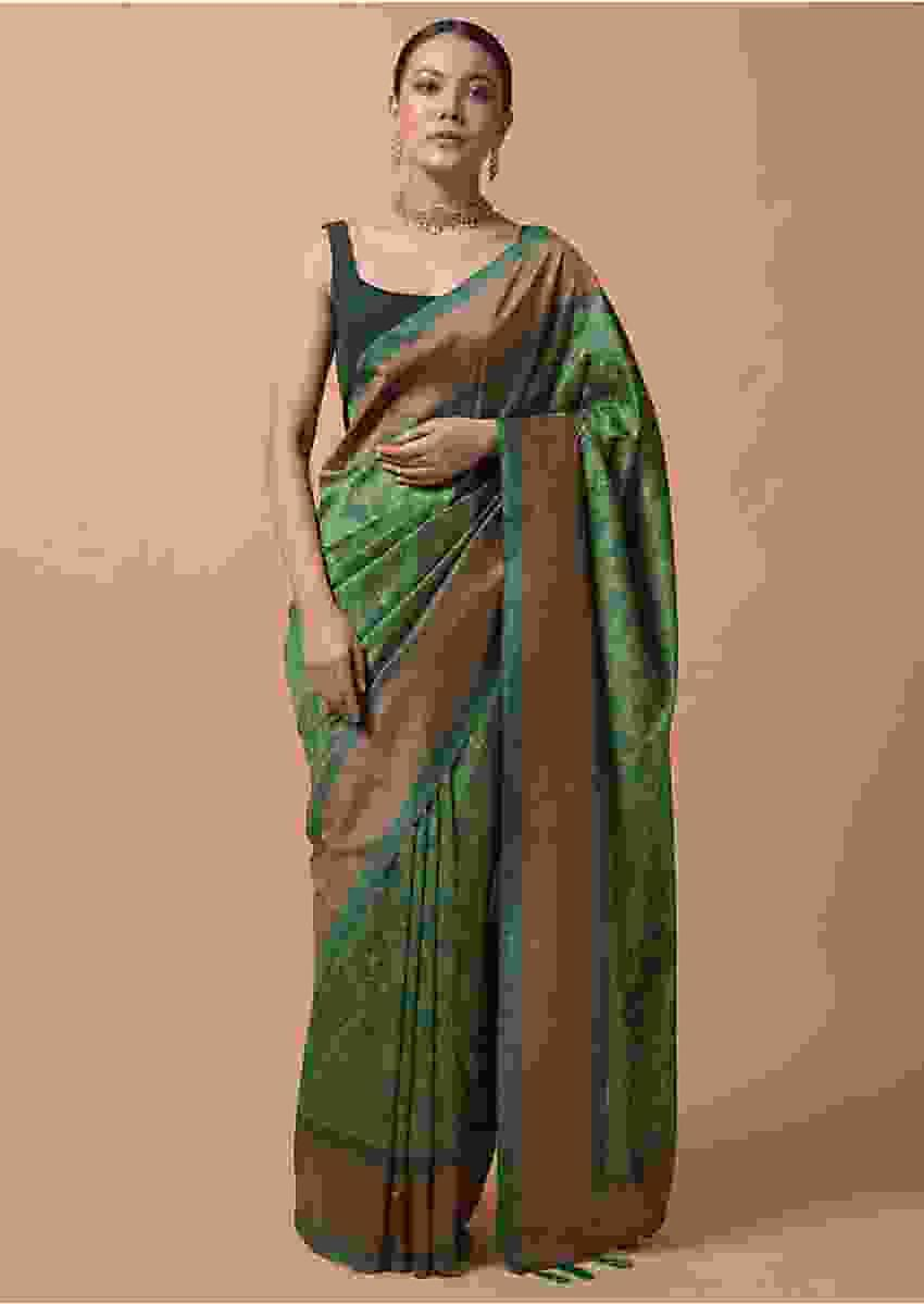 Green Saree In Silk With Printed Patola Jaal Design Online - Kalki Fashion