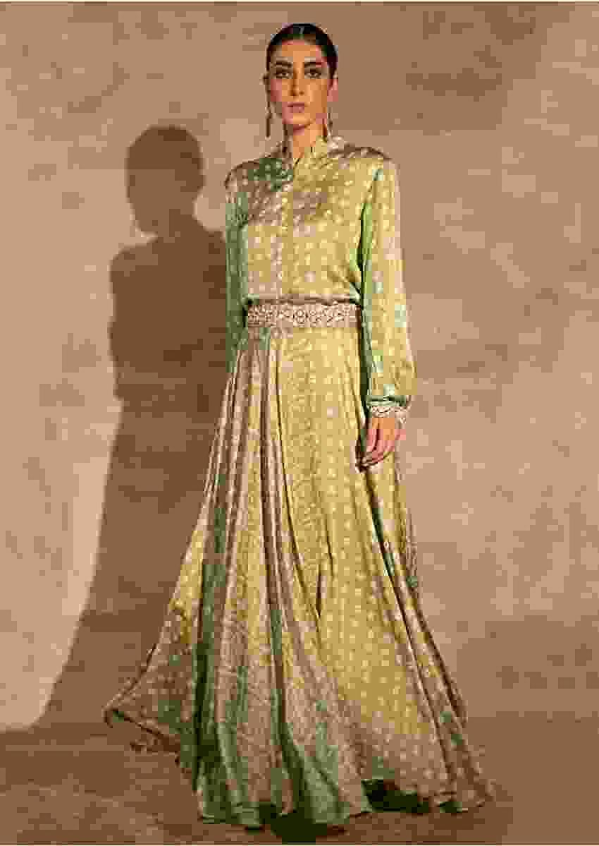 Green Skirt And Crop Top With Bandhani Print And Mirror Abla Embroidery Online - Kalki Fashion