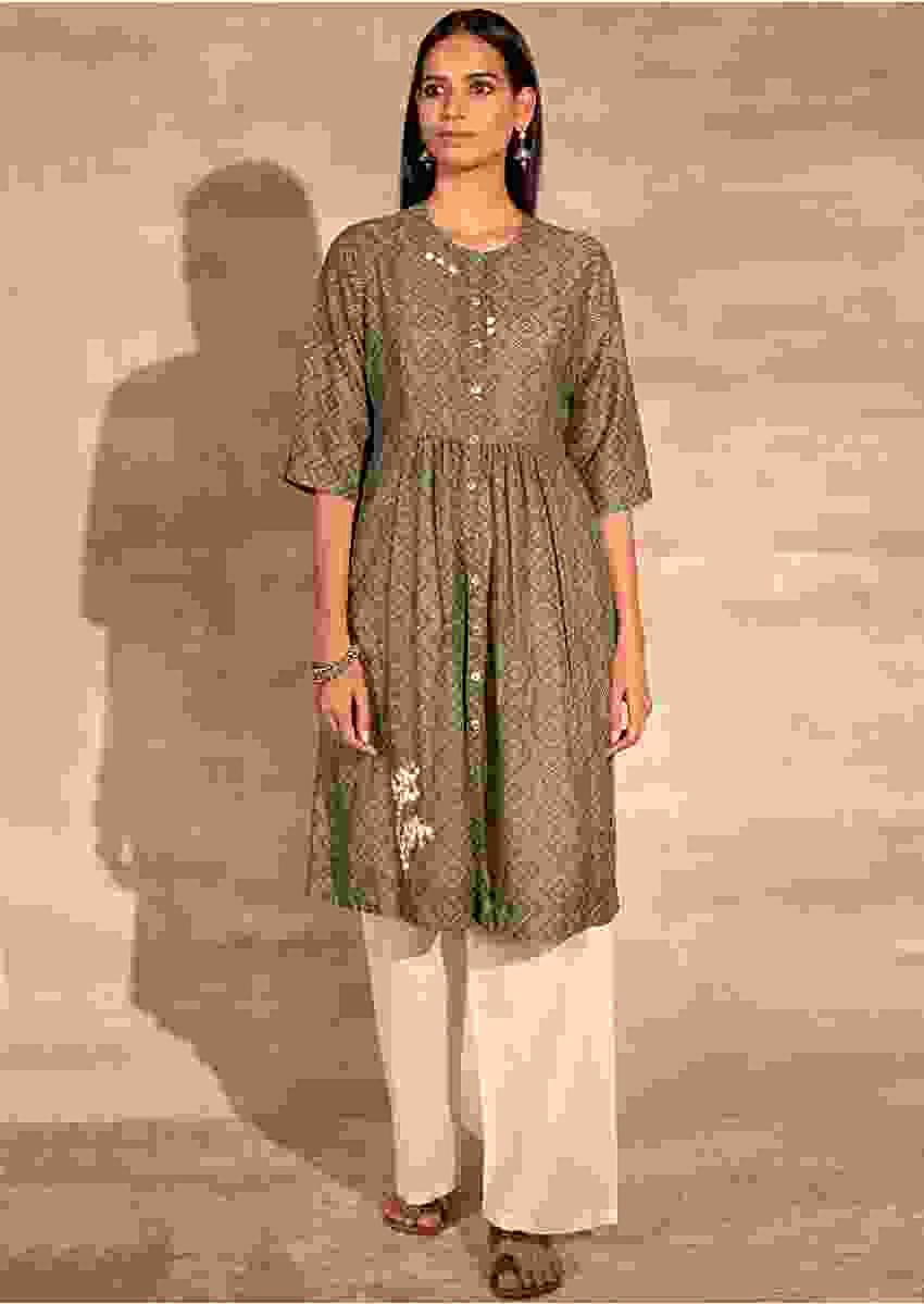 Green Tunic In Muslin With Bandhani Print And Aari Thread Embroidered Floral Motifs Online - Kalki Fashion