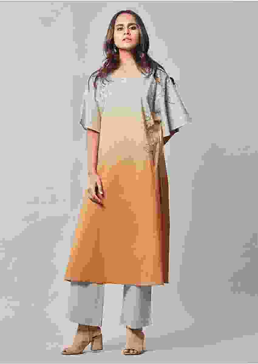 Grey And Orange Ombre Kurta Set In Cotton With Grey Straight Cut Pants Online - Kalki Fashion