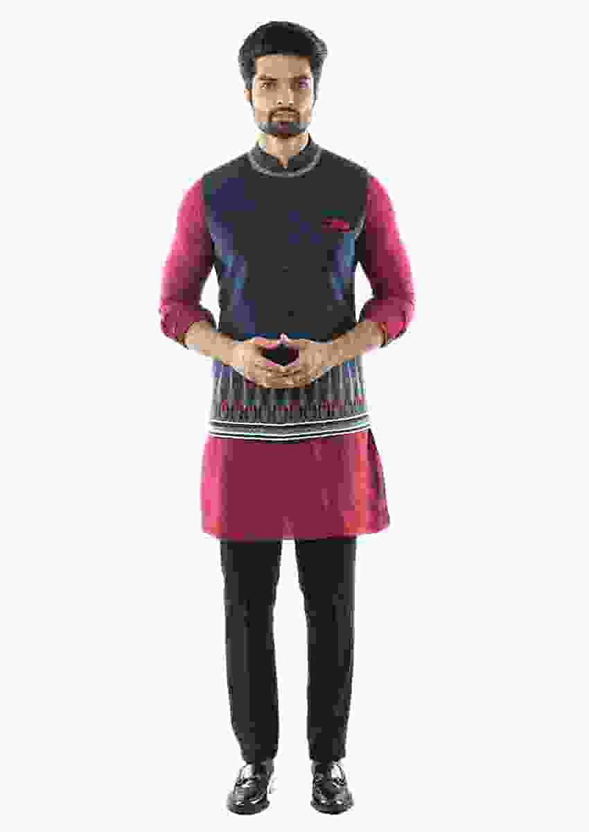 Maroon Pin Tuck Kurta Set Paired With An Aztec Embroidered Nehru Jacket Jacket Online - Kalki Fashion