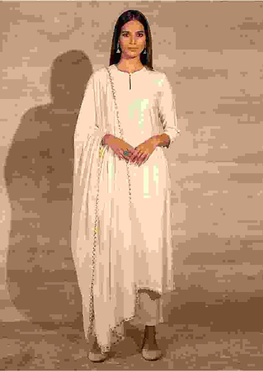 Powder White Straight Fit Kurta Set With Matching Pants And Mirror Embellished Dupatta Online - Kalki Fashion