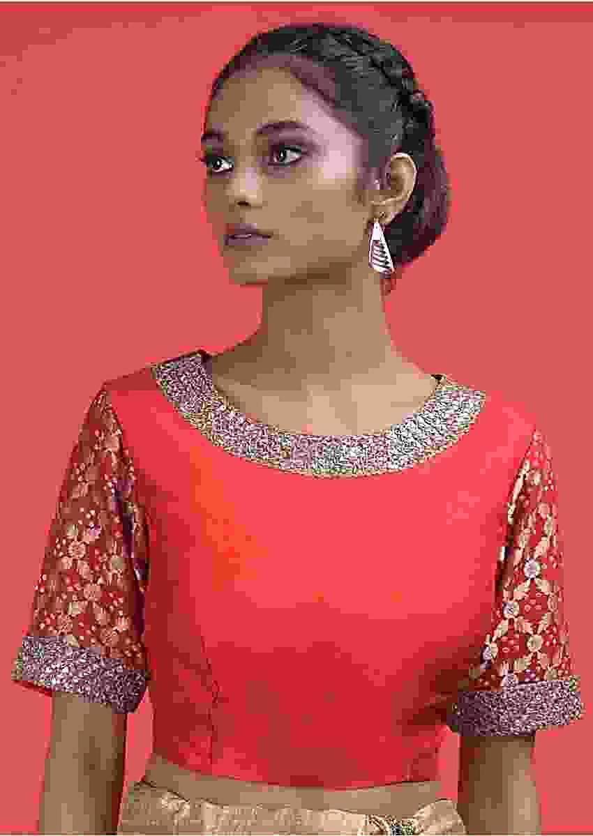 Red Raw Silk Blouse With Weaved And Bandhani Sleeves Online - Kalki Fashion