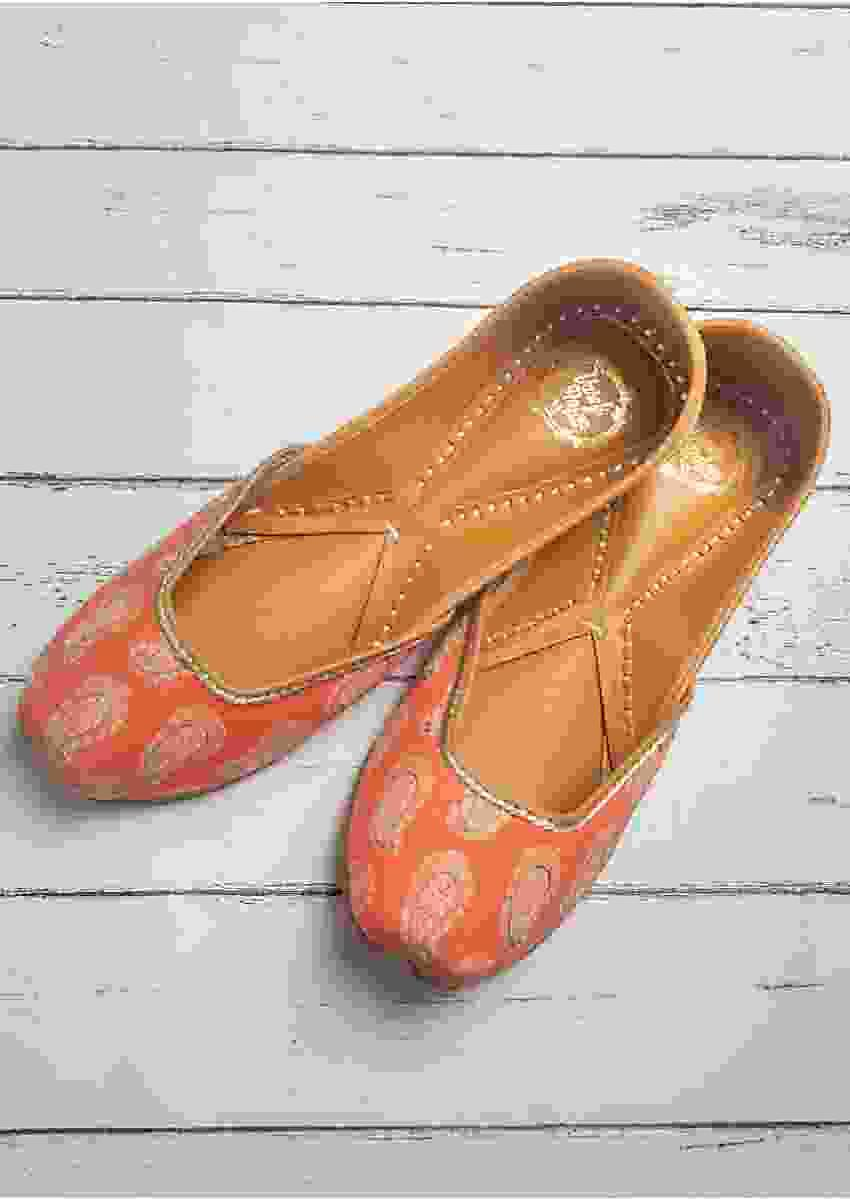 Sunset Orange Juttis In Cotton Satin With Printed Paisley Motifs By Vareli Bafna