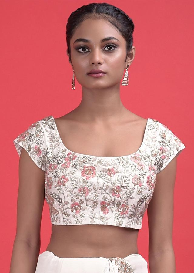 Daisy White Saree In Georgette With Hand Embroidered Lucknowi And Badla Work  Online - Kalki Fashion