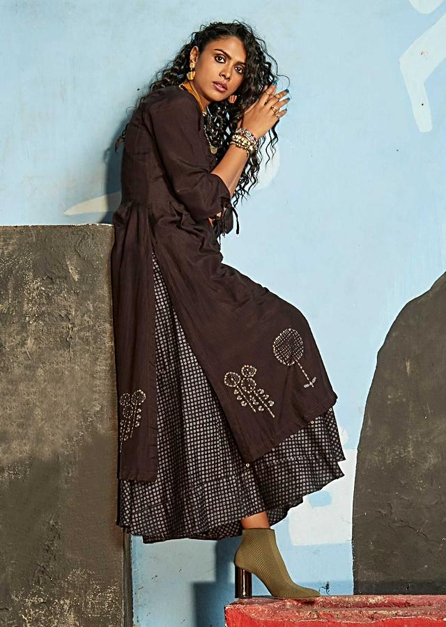 Dark Chocolate Brown Tunic Dress In Cotton With Batik Print And Basket Weaved Placket Online - Kalki Fashion