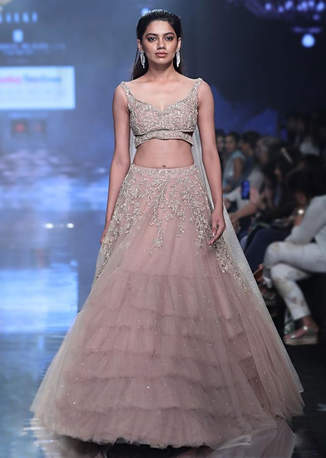 Tejasswi Prakash Shell Champagne Lehenga Choli In Hand Embellished Net With Floral Pattern And Attached Net Cape
