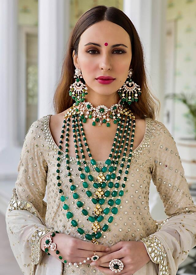 Emerald Green Layered Necklace With Beads And Kundan Centre Piece By Prerto
