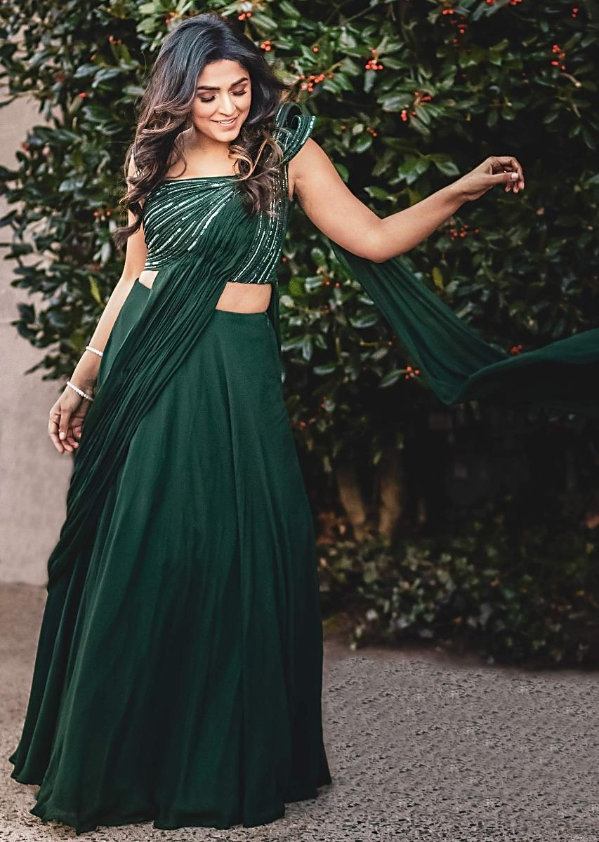 Forest Green Plain Skirt And Blouse With A Draped Pallu Online - Kalki Fashion