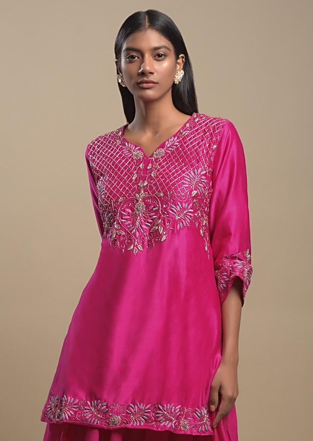 Fuchsia Pink Tiered Skirt In Cotton With Checks And Floral Embroidered Short Kurti Online - Kalki Fashion