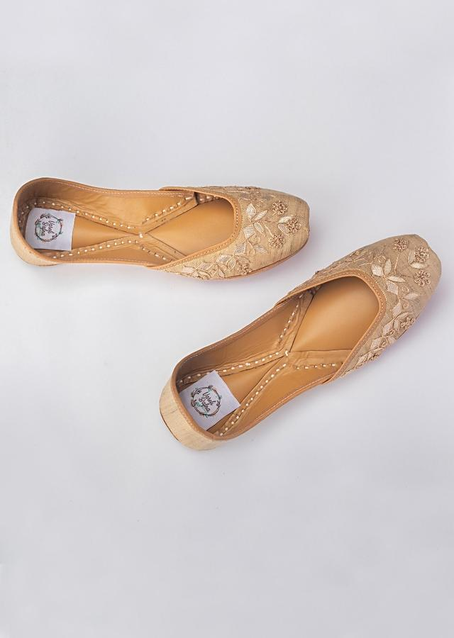 Gold Beige Juttis In Silk With French Knot Flowers Along With Gotta Work By Vareli Bafna