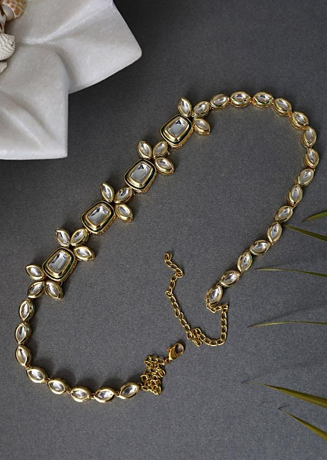Gold Plated Headband With A Delicate Kundan Work Give A Timeless Classic Look By Paisley Pop